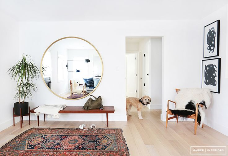 MICROTREND: Mirror decor trends : round mirrors in hanged and oversized solutions #round #mirror #trend ITALIANBARK blog