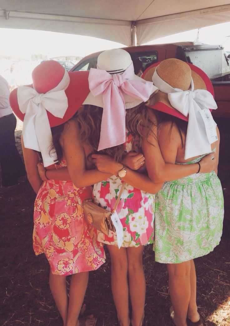 We need hats like this and skirts and a picture on our next cruise