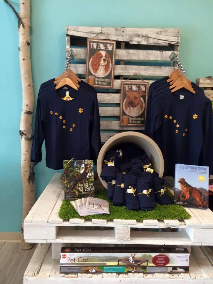 HM Bark's Big Dipper Paw T-Shirt Display
