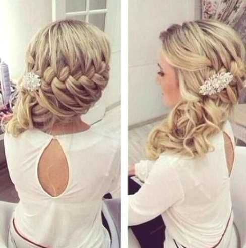 side hairstyle for long hair - http://www.gohairstyles.net/side-hairstyle-for-long-hair-8/