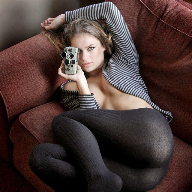 Voyeur mature knitted tights hose