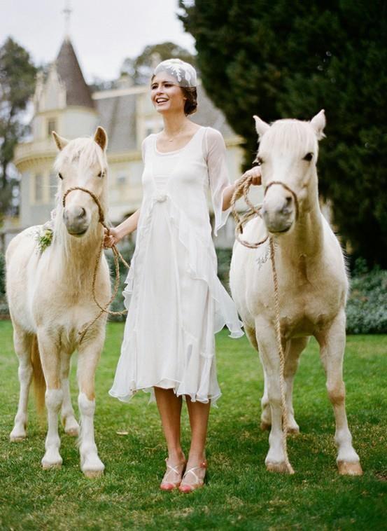 Vintage... romântico do tempo das avós. Idéia para quem vai casar de dia no campo ou na cidade.