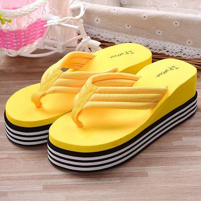 2016 Sapatos de Verão Para As Mulheres Esticar Tecido EVA Flip Flops Sandálias de Praia Casuais Chinelos Plataforma Cunha Sandales Femme Talon