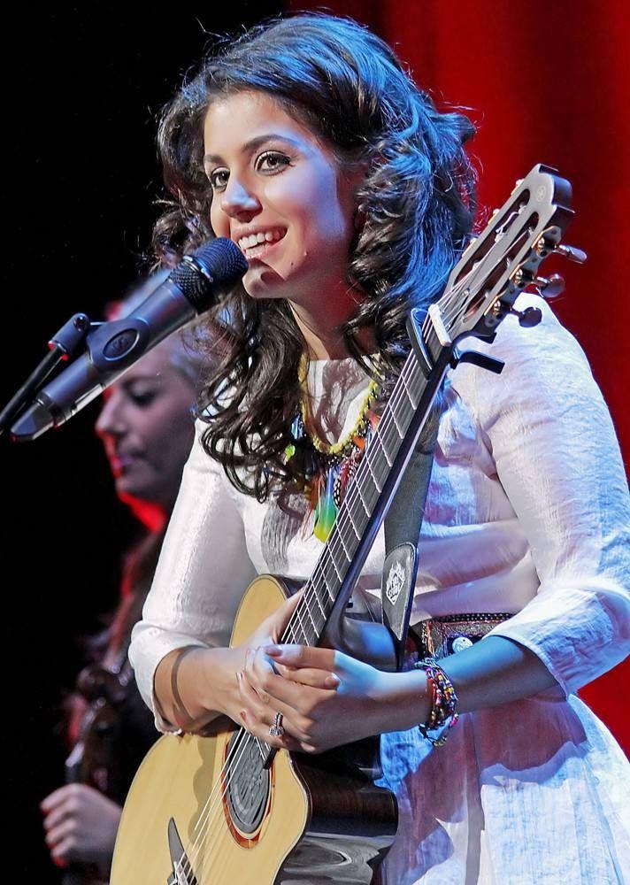Katie Melua - Famous Singer & Songwriter | UK