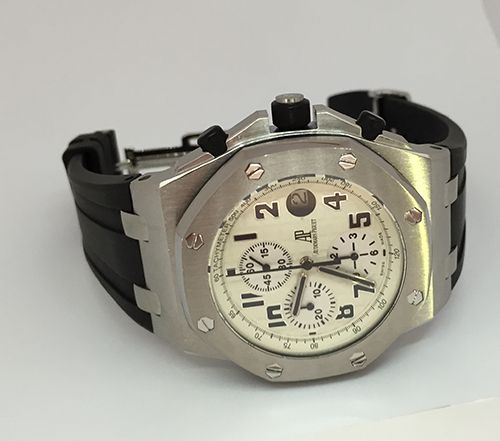 #Audemars #Piguet Offshore Safari Brown Croc Strap Stainless Steel 42mm case brush finished case. Automatic #chronograph Movement.