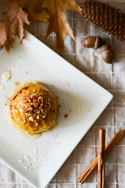 Baked apples with cardamom, cinnamon, honey and nuts.