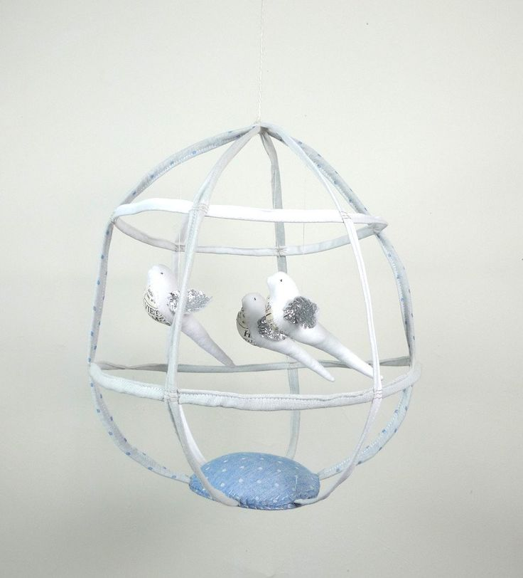 Large Bird cage with 3 birds #126