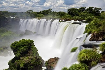 Iquazu falls - Brazil    Absolutely gorgeous