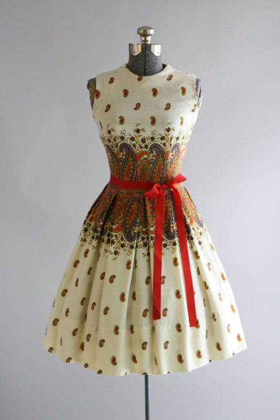 Vintage 1950s Dress / 50s Cotton Dress / Red and Brown Paisley Print Dress w/ Ribbon Waist Tie XS