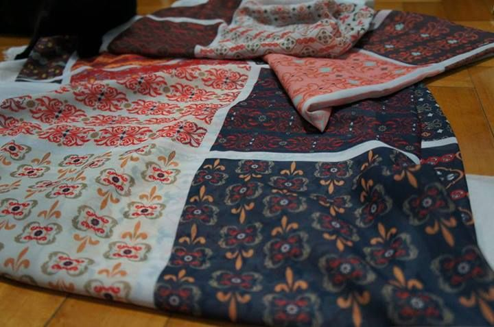 Textile Design - Barroque pattern in Satin and Crepe - by Nathalia Mandelli