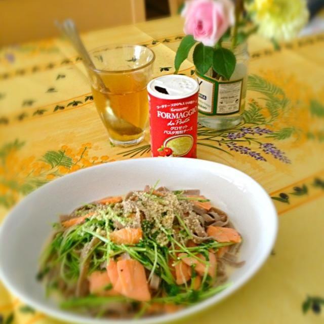 味と香りは蕎麦で食感はパスタ! いい感じです^_^ - 13件のもぐもぐ - 蕎麦パスタのサーモンクリーム by huya3kjc