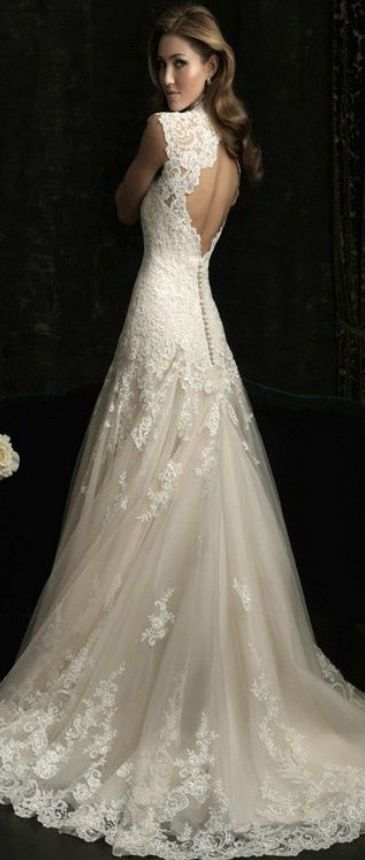 Love the back and the fact that it has thicker sleaves.Also lace