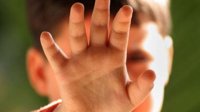 Slachtoffers kindermishandeling komen vaak uit eenoudergezin   NU - Het laatste nieuws het eerst op NU.nl