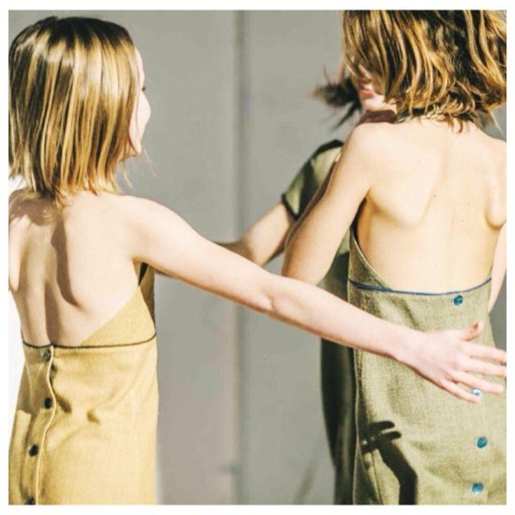 We're dancing into the week-end with these linen dresses hand-made in Barcelona. Double tap if you like natural fabrics!    Célébrons le week-end en dansant avec ces robes en lin faites main à Barcelone. Likez si vous aimez les tissus naturels!    #KIDparis #KIDss18 #wearekid #kidfashion #instakids #handmade #handmadebarcelona #linen #slowfashon