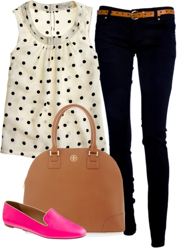 Polka dots, black skinnies, and a punch of pink. pair with simple gold accessories