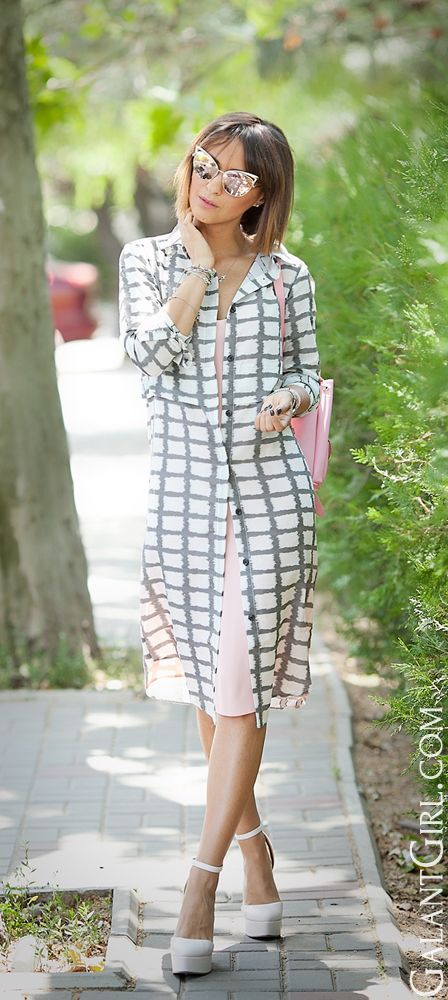 #checkedDress #Checked #ShirtDress #ChicStyle #OfficeOutfit #OfficeOutfitIdeas #ootd #Outfit #fashion #style #galantGirl