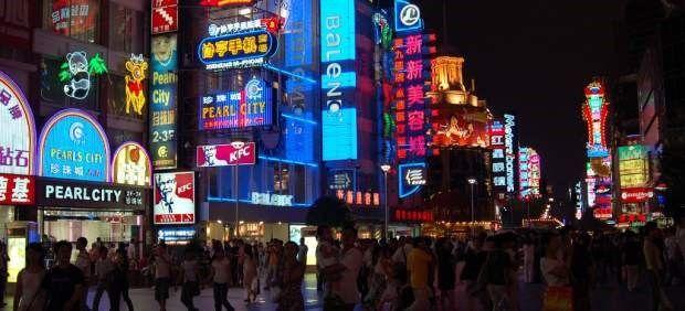 """El """"luodai"""", préstamos privados a chicas jóvenes en China con fotos íntimas y vídeos como aval"""