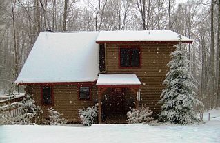 KIDS SKI FREE* Creeks, Hot Tub, Campfire,Wood Fireplace, Covered Deck, WiFiVacation Rental in Maggie Valley from @homeaway! #vacation #rental #travel #homeaway
