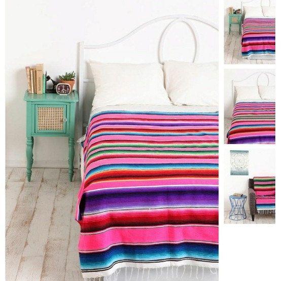 Auténtica tejidas a mano mexicana decoración de grandes mantas sarape variedad de colores. Directamente desde México.