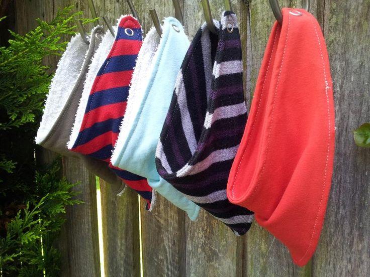 easy baby bandana bibs. Pattern, instructions and my usual ramblings.