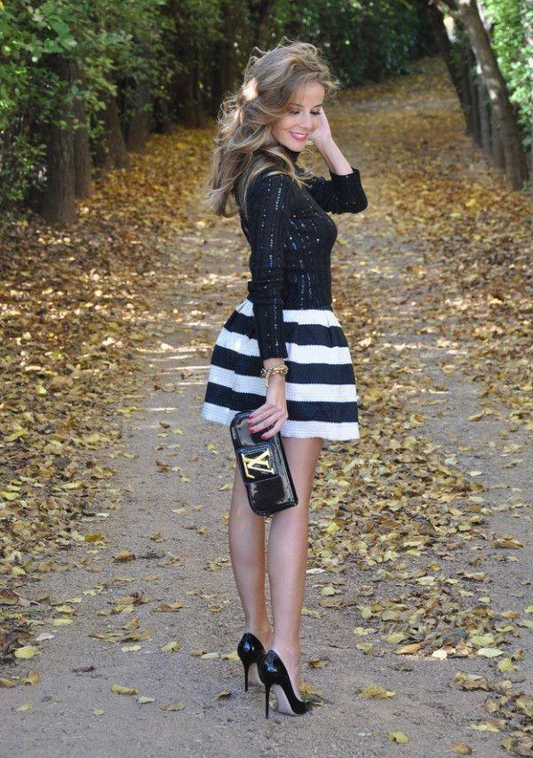 ボーダーで可愛らしい着こなし♡人気・おすすめ・トレンドのフレアミニスカートのモテコーデ一覧♡