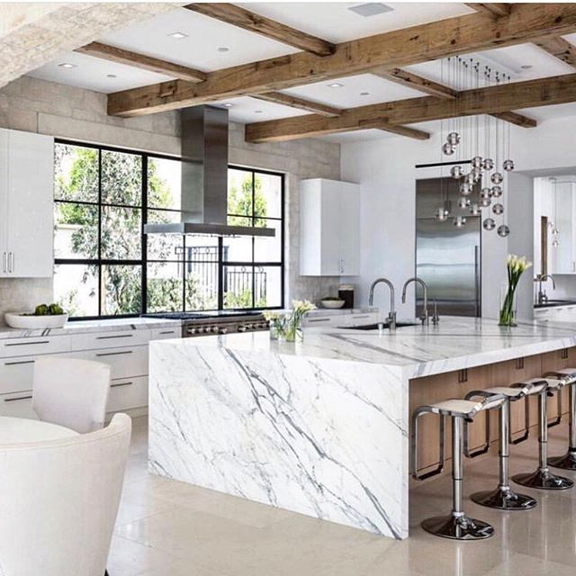 Modern Farmhouse Kitchen Design Ideas With Waterfall Countertop And Reclaimed Wood Gives It Farmhouse Kitchen Design Modern Farmhouse Kitchens Granite Kitchen