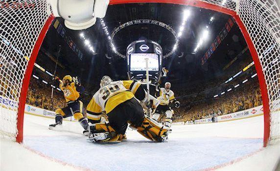 Hrdina finále Stanley Cupu nemá místo v kabině, přesto dává klíčové góly