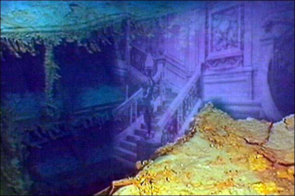https://s-media-cache-ak0.pinimg.com/736x/fe/d6/11/fed6116196d8692e0ef34b15415d3150.jpg Inside The Real Titanic Wreck