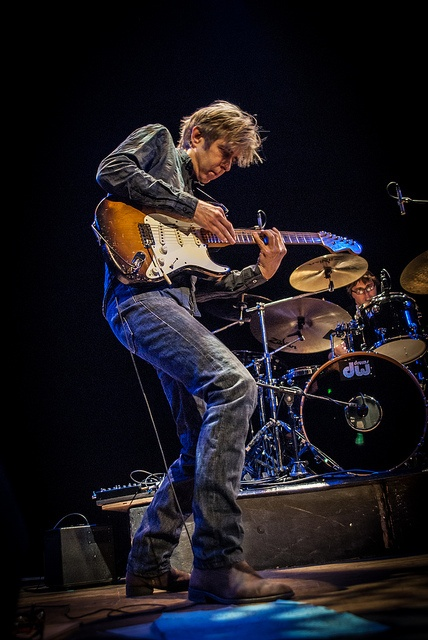 Eric Johnson - Fri 5 April 2013 -0014 by The Queen's Hall, via Flickr
