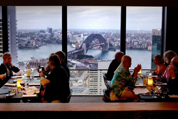 <b>The best bars in Australia with a view </b> <br>O Bar and Dining in Sydney's CBD, a revolving showstopper with breathtaking views.