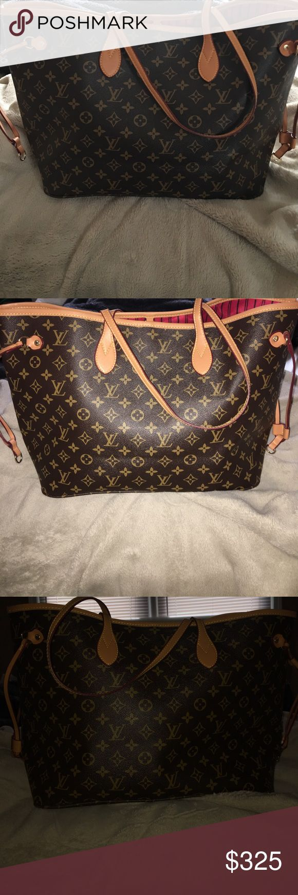 Louis Vuitton Neverfull GM purse 💜price•reflects💜 good condition! Please leave your email in the comments if you want more pictures of the entire purse inside and out! I will be happy to do so🙂 beautiful Louis Vuitton Neverfull GM purse. Used a few times! Louis Vuitton Bags Totes