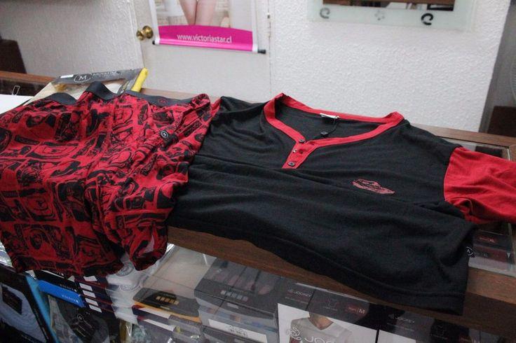 Pijama de hombre rojo de autos 3