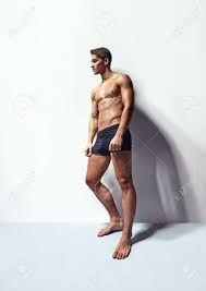 Resultado de imagen para modelos hombres en ropa interior cuerpo completo