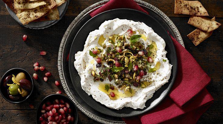 Tre Stelle® Mascarpone Labneh dip with Za'atar spiced pitas