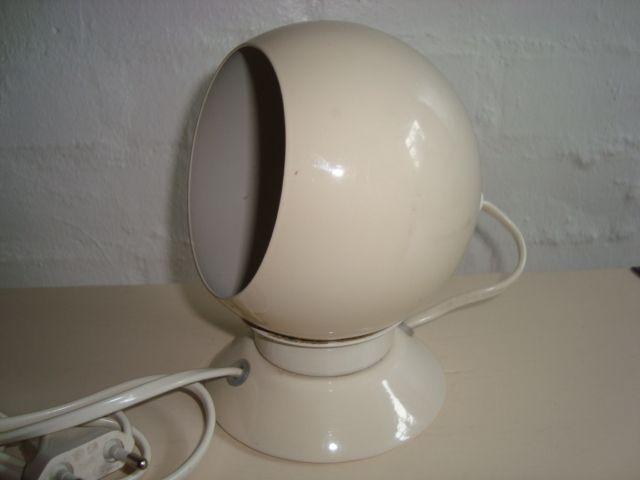 ABO lamp/magnetlampe - 1960-70s. #trendyenser #lamps #lampe #abo #danishdesign #danskdesign #retrolamps #danishvintagelamps #70s. From www.TRENDYenser.com. SOLGT/SOLD