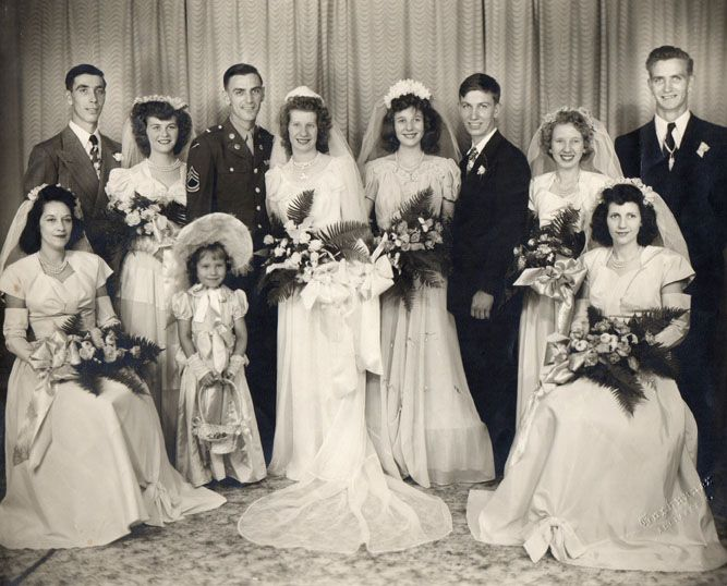 A 1940's Vintage Wedding Photo. #wedding #war Brides #1940