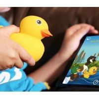 Assegnati a Las Vegas i riconoscimenti dedicati all'innovazione nella tecnologia destinata ai bambini. Ecco i vincitori, in una veloce carrellata, da scorrere per scoprire come evolve il mondo dei contenuti, dell'intrattenimento ma anche dei giocattoli per i più piccoli, di pari passo con l'evoluzione digitale che li rende sempre più intelligenti e smart.