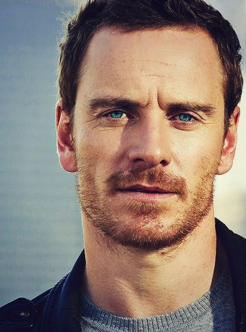 Since today is ma birfday... i'm pinning one of my favorite pics of Mr.Fassbender! :P