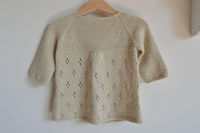Ravelry: Project Gallery for Cardigan pattern by Gabriela Widmer-Hanke