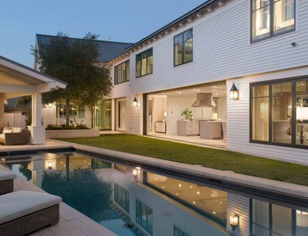 10 Ideas For Creating An Inviting Courtyard