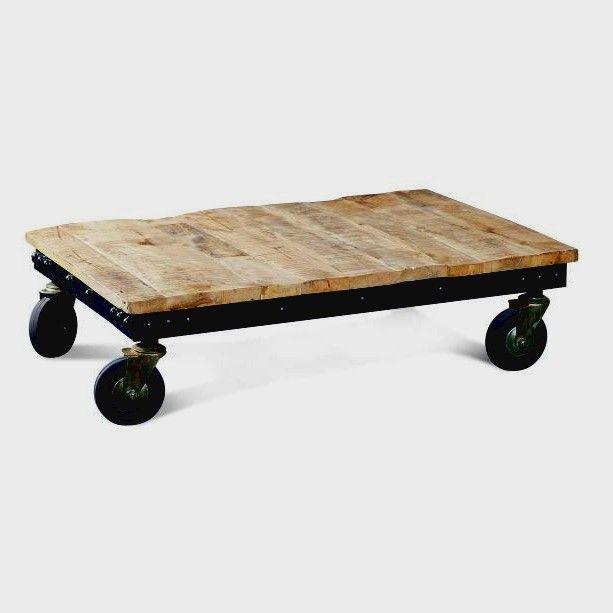 Table Basse Sur Roulettes I