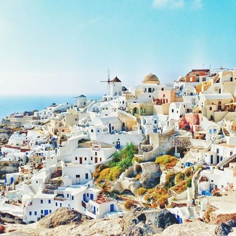 What's on your #Travelstoke Bucket List for 2015? Awesome shot of Santorini from Matador reader