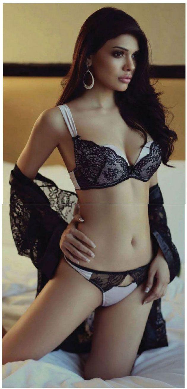 7 best sara loren images on pinterest | bikini photos, bikini