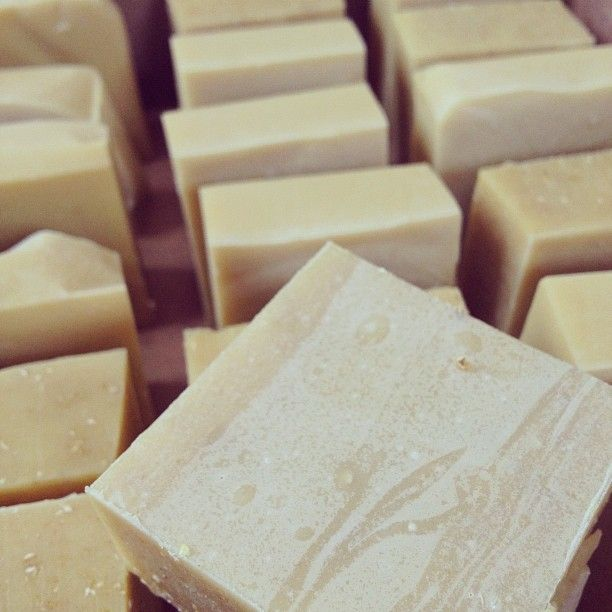 how to make natural goats milk soap without lye