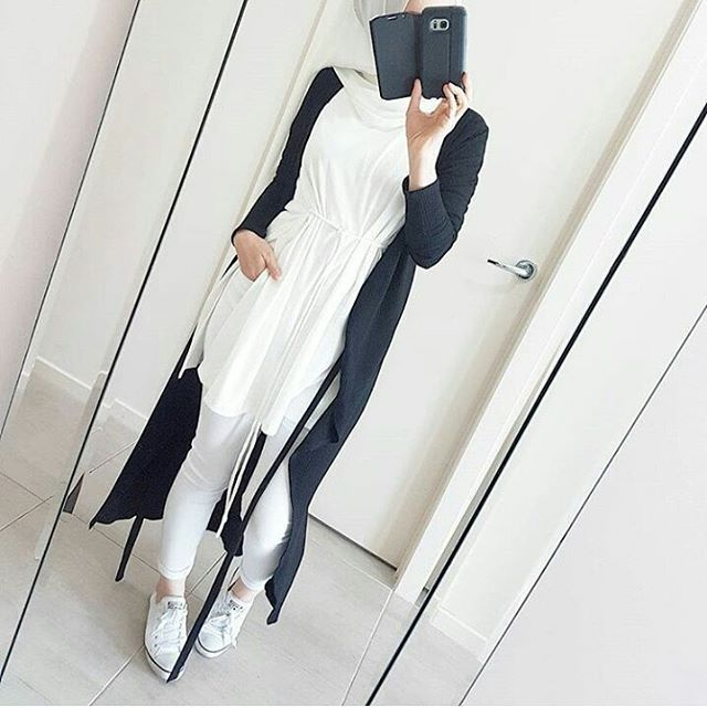 Instagram media by hijabness19 - #ootd#simple#classy#chic#hijab#everyday#casual#elegant#lovely#yong#gorgeous#pretty#outfit#hijabstyle#beautiful#muslimah#mashallah#lifestyle#amazing#awsome#sweet#look#hijabfashion#styling#cool#instalike#instafollow#hijabness19#beauty#forever ========> @hijabness19 ==>> by @hijabrevivalofficial