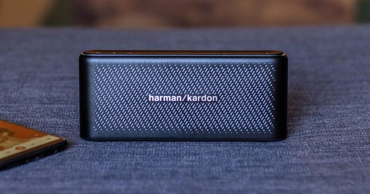 Harman Kardons $150 Traveler speaker puts detailed sound  and a spare battery  in your pocket