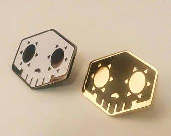 Overwatch ispirato Sombra cranio bagliore nel buio o oro/nero smalto duro perno