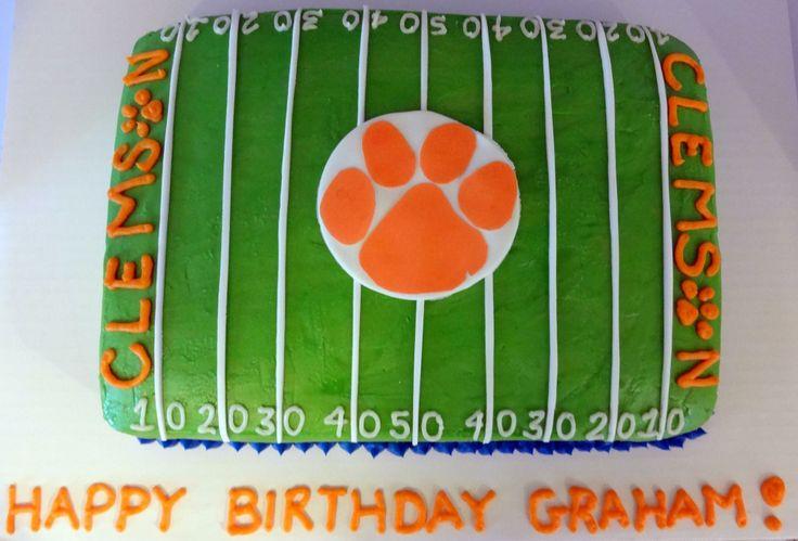Best 25+ Football Field Cake Ideas On Pinterest