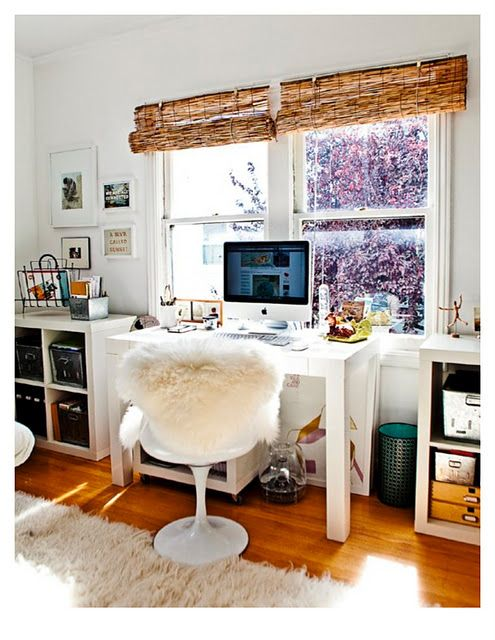 Carrie Bradshaw feelingsIdeas, Offices Design, Chairs, Offices Spaces, Work Spaces, Workspaces, Desks, Design Home, Home Offices