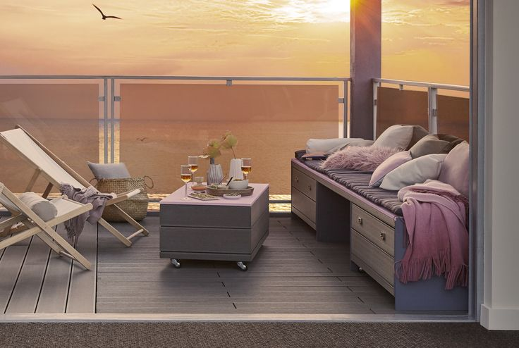 Réaliser une banquette avec table intégrée pour votre terrasse. #DIY #terrasse #salondejardin